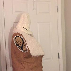 Women Columbia winter cap OS